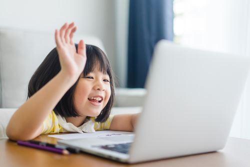 樂原教育帶孩子們進入快樂的線上英語學習勇敢大聲說英語