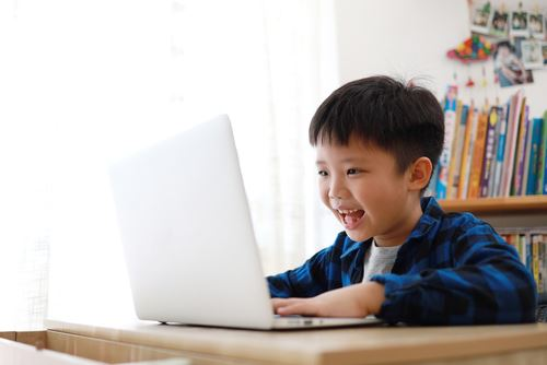 線上兒童學習建議培養孩子自信